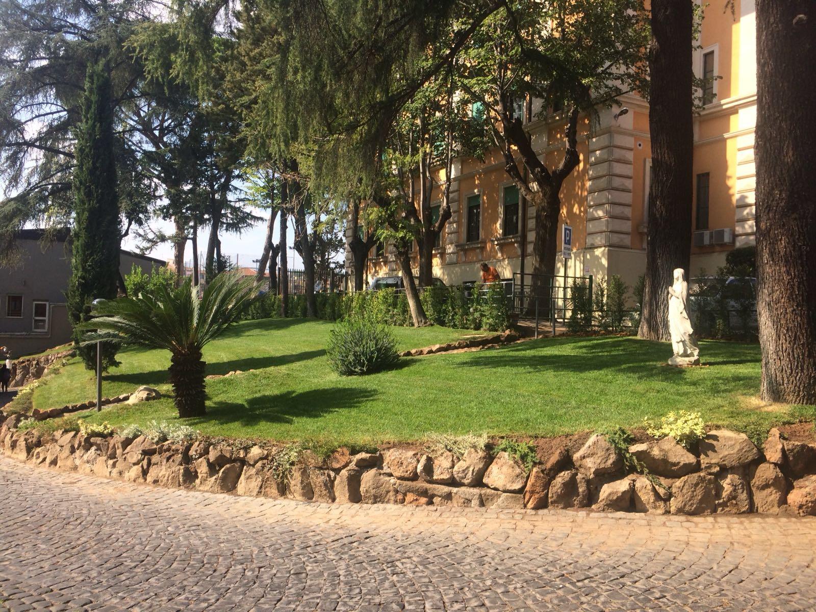 manutenzione giardini roma